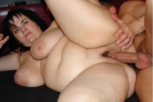 Elyanna billig erotische massage in Engen, BW
